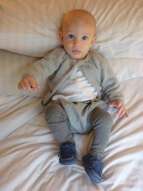 Como vestir a un bebe recien nacido lostinvogue.com 23
