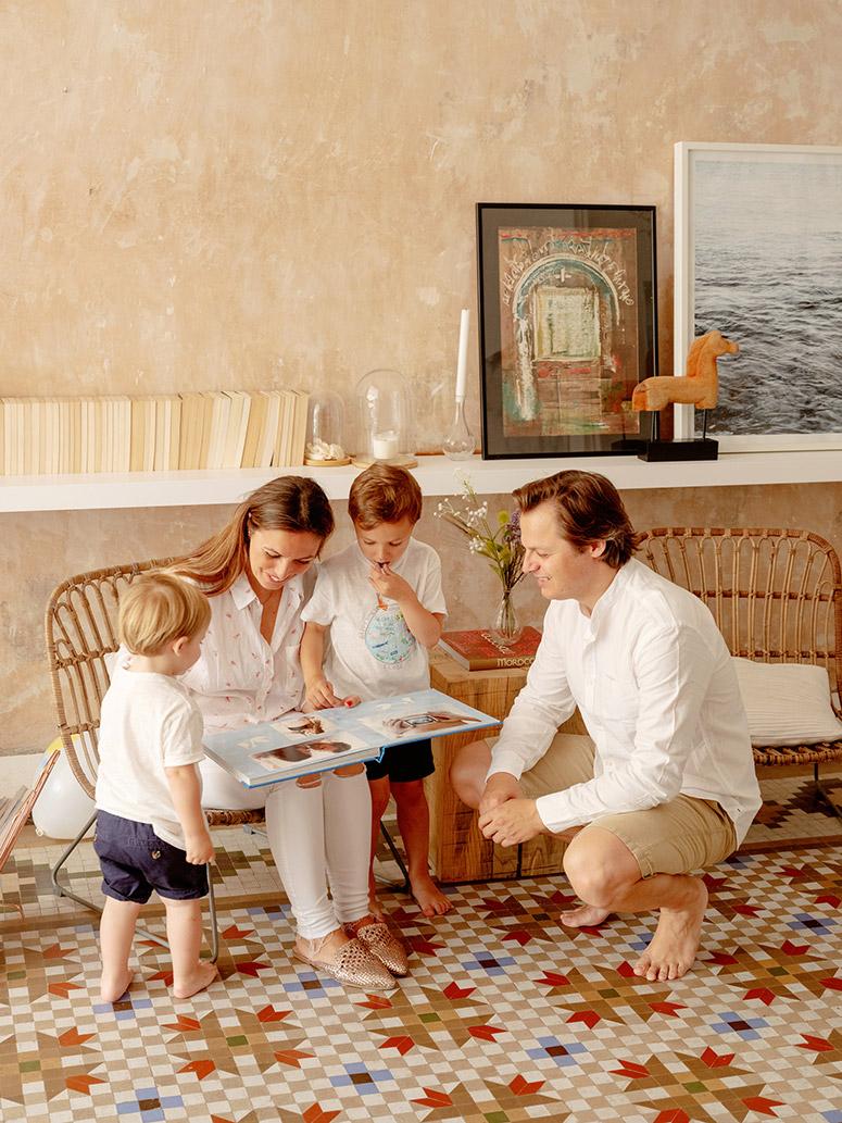 FamilyPhoto_CarlesFiguerola_EliG_EliandEli_08