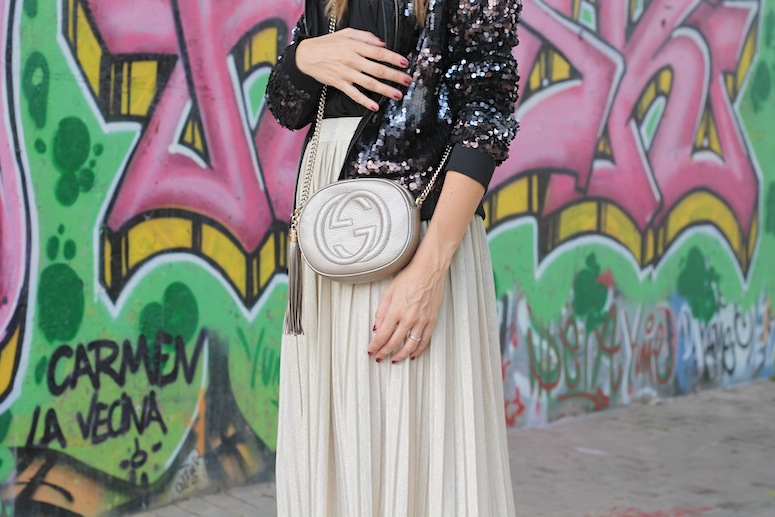 pleats-and-sequins-www-lostinvogue-com-2