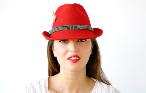 Red Hat 01
