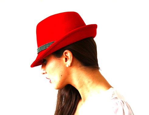 Red Hat 02
