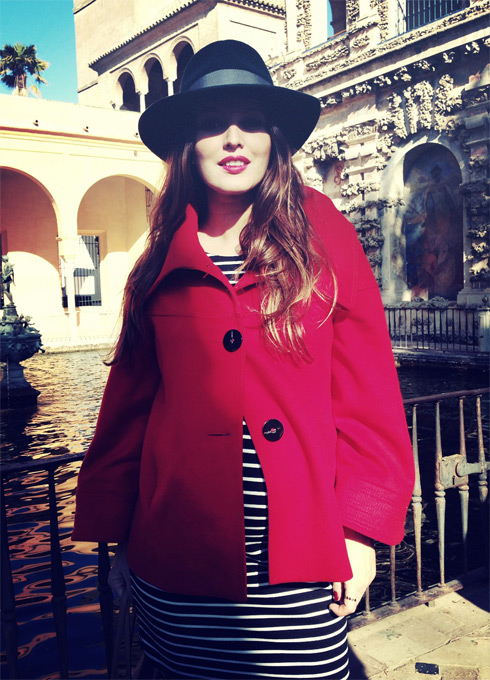 RedjacketGreenhat_LostinVogue_10