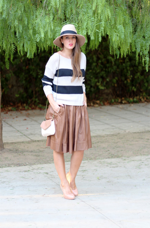 Stripesandcamel_LostinVogue_06