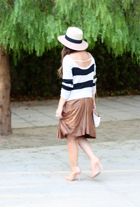 Stripesandcamel_LostinVogue_11
