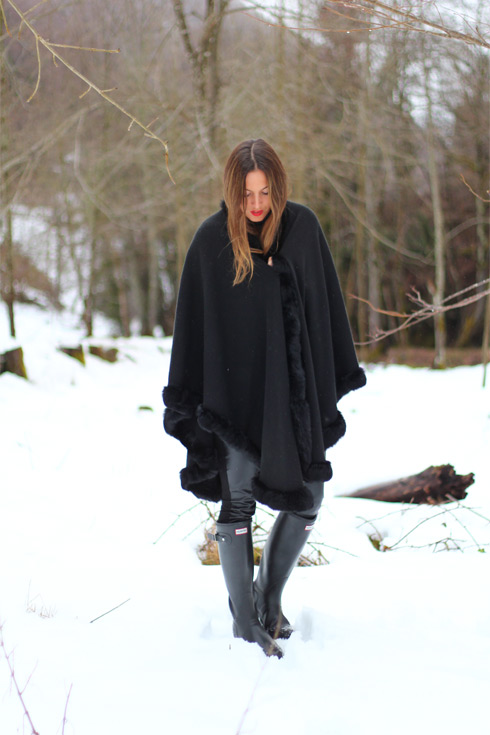 TheBlackCape_EliG_LostinVogue_04