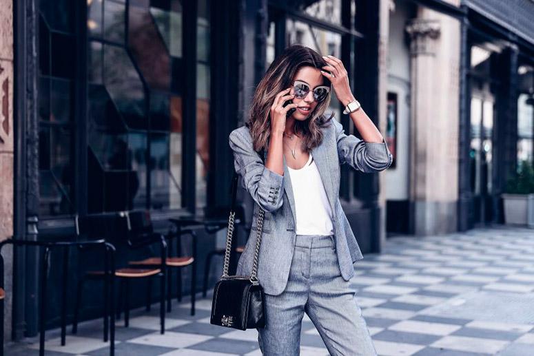 a70ebe45dd9b4 traje gris mujer – Eli   Eli – Blog de Moda   Fashion Blog