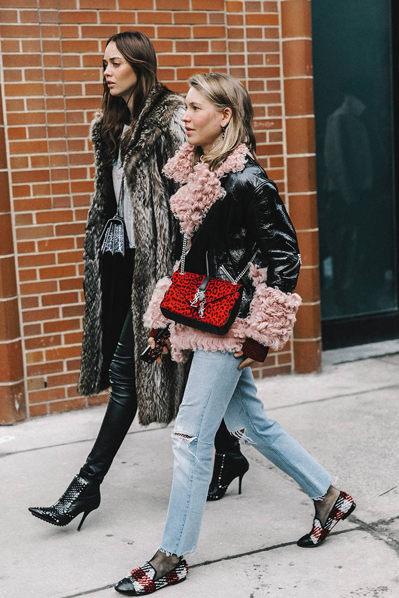 street_style_new_york_fashion_week_febrero_2017__60709925_800x