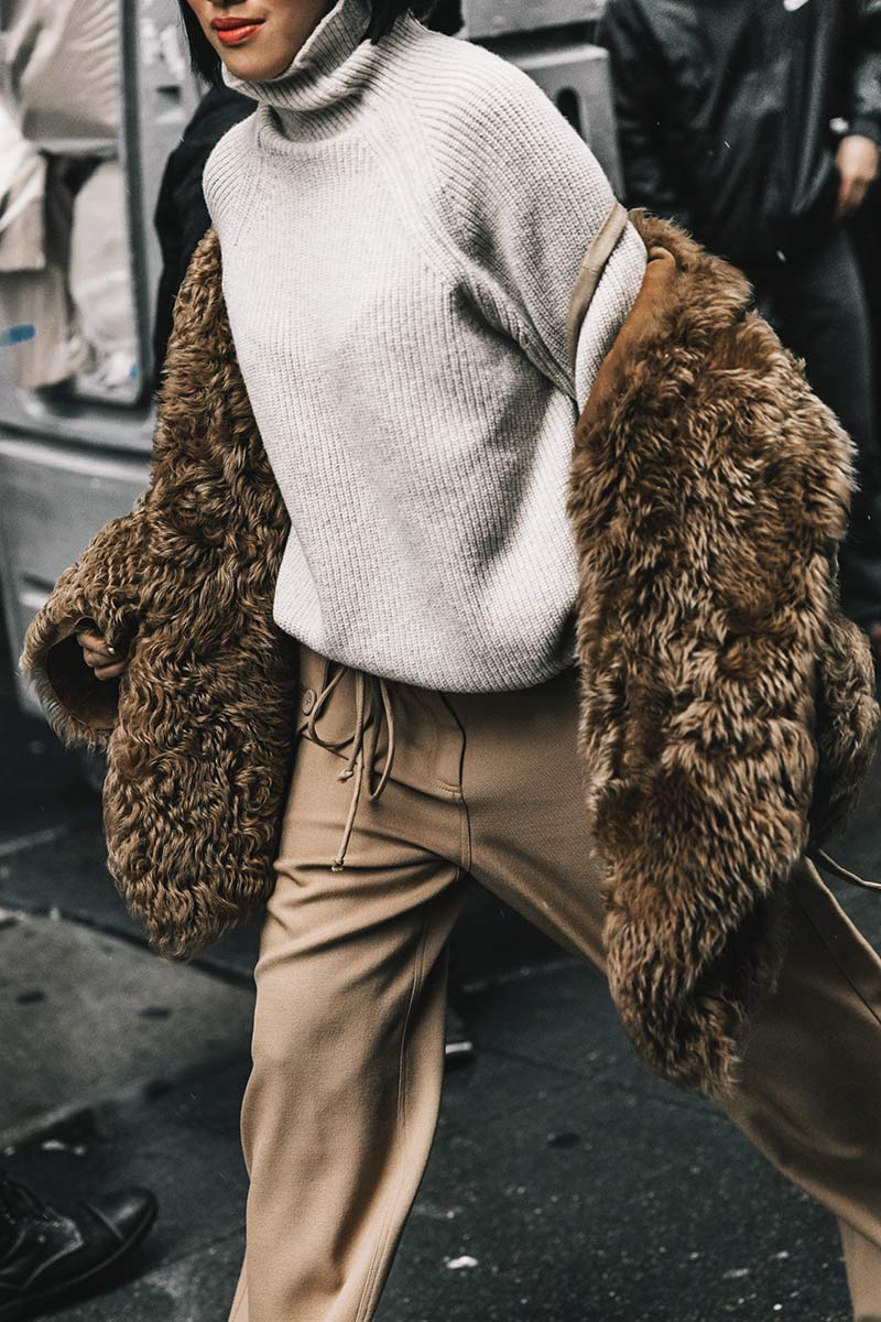 street_style_new_york_fashion_week_febrero_2017_dia_2_203449491_800x