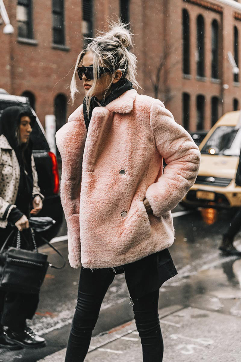 street_style_new_york_fashion_week_febrero_2017_dia_2_647511507_800x