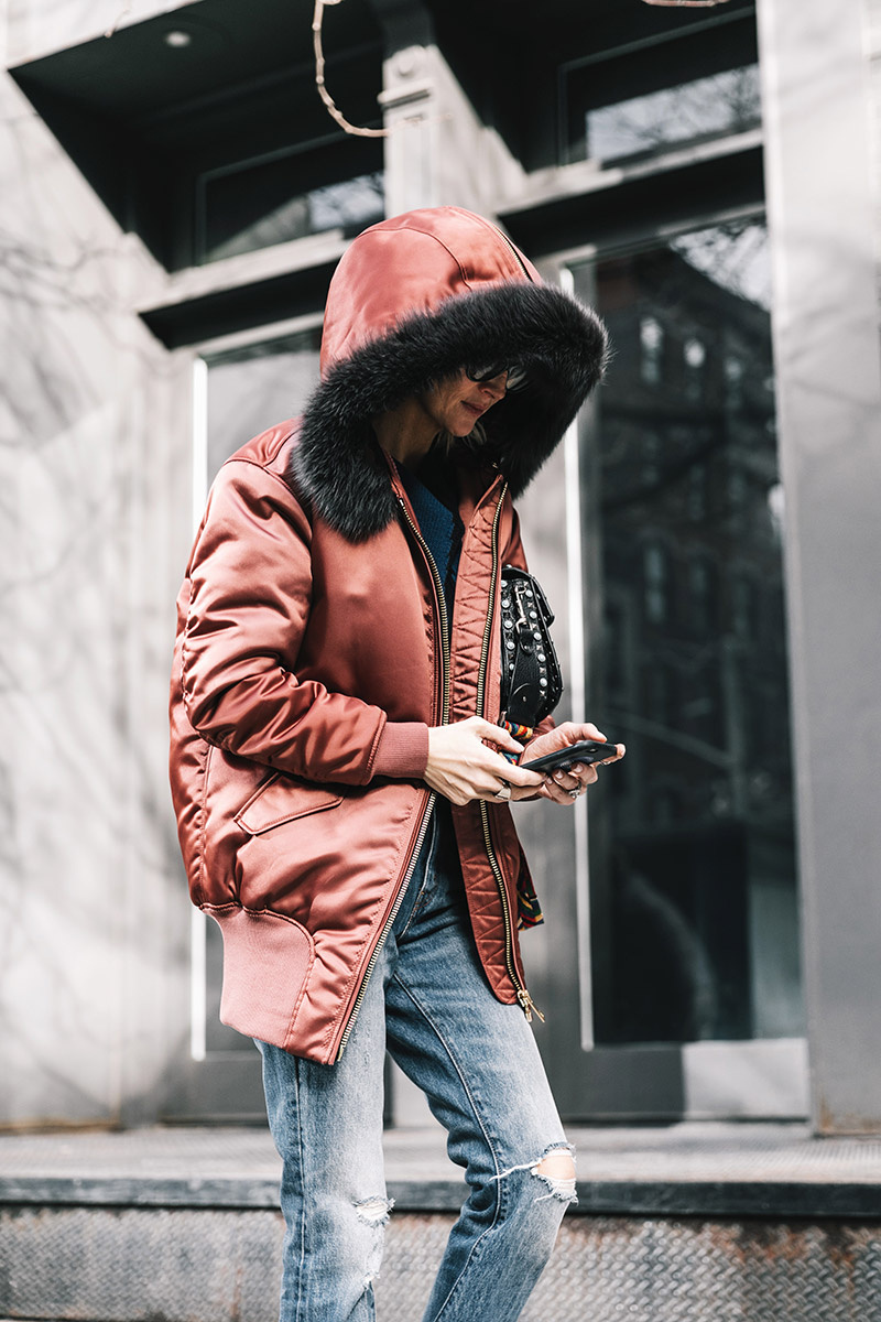street_style_new_york_fashion_week_febrero_2017_dia_3_706319419_800x