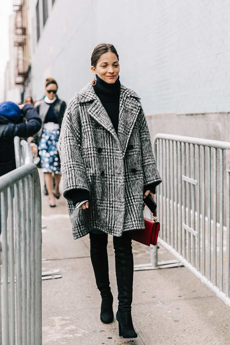 street_style_new_york_fashion_week_febrero_2017_dia_5_434125784_800x